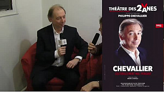 """Interview Philippe Chevallier : Découvrez son spectacle """"Chevallier, culturellement mal-pensant"""" @Theatredes2anes"""